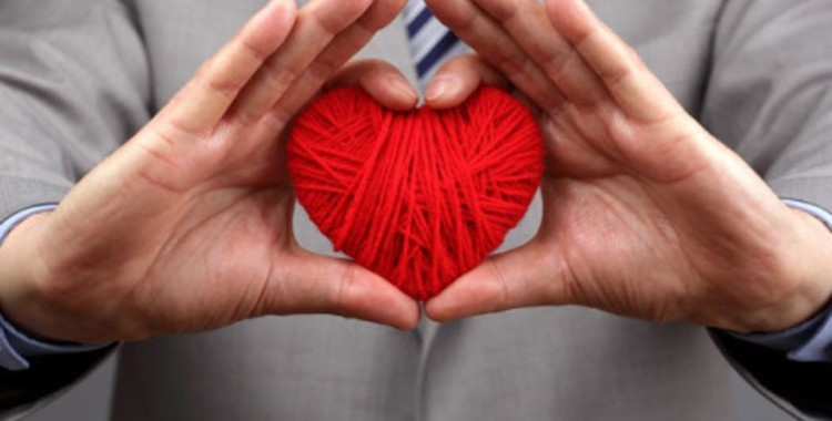 A new giant to save hearts: Abbott Laboratories acquires St. Jude Medical for 25bn